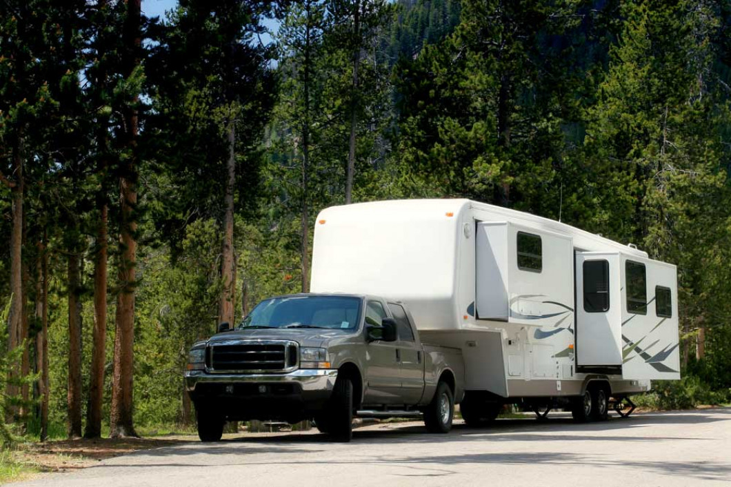 Offering mobile motorhome repair services